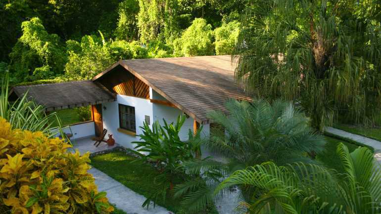 Suizo Loco Lodge